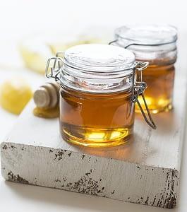 мед имеет свойство хранится очень долго
